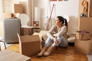 dificuldades de morar sozinho